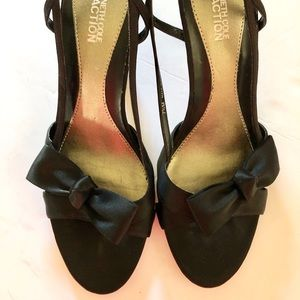 Kenneth Cole Reaction Black satin heels size 7.5m